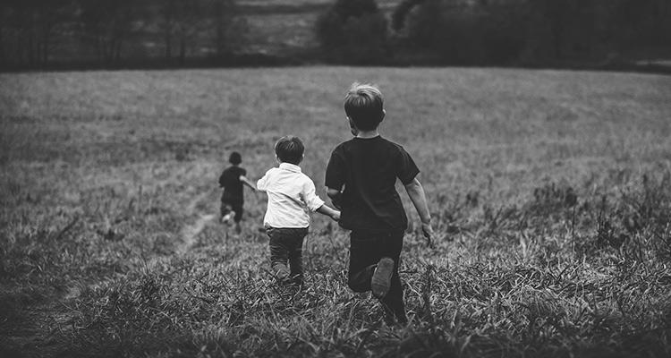 10 habilidades básicas para la vida que aprenderás fuera de la escuela - Portada