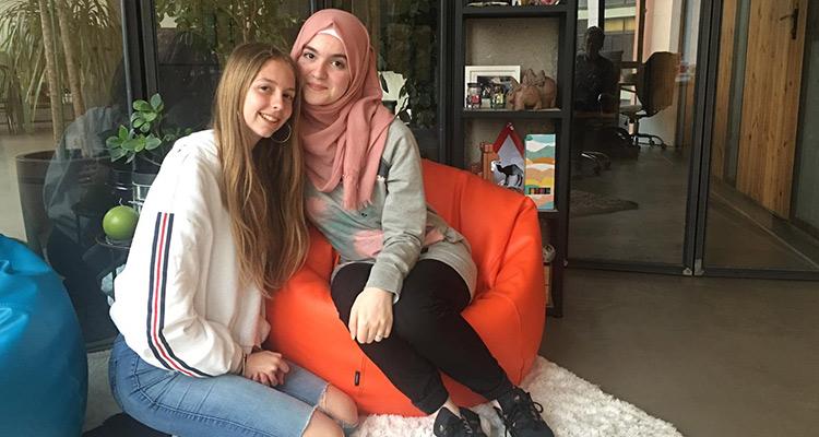 Entrevista participantes en un intercambio cultural - Inés y Reem