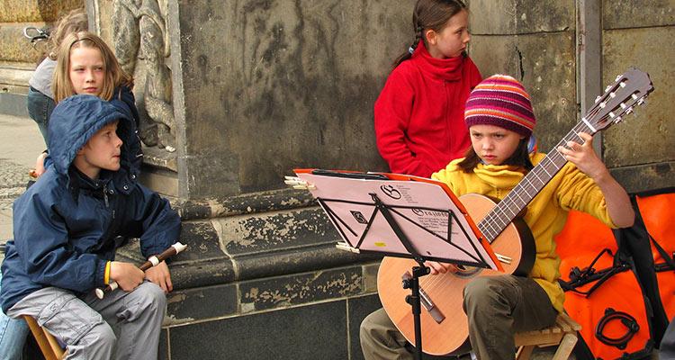 Música y educación, un gran motivo para un intercambio cultural - Concierto infantil