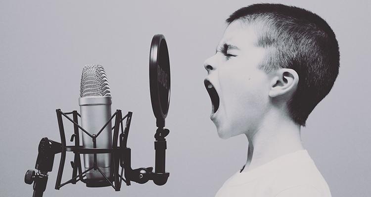 Música y educación, un gran motivo para un intercambio cultural - Micrófono