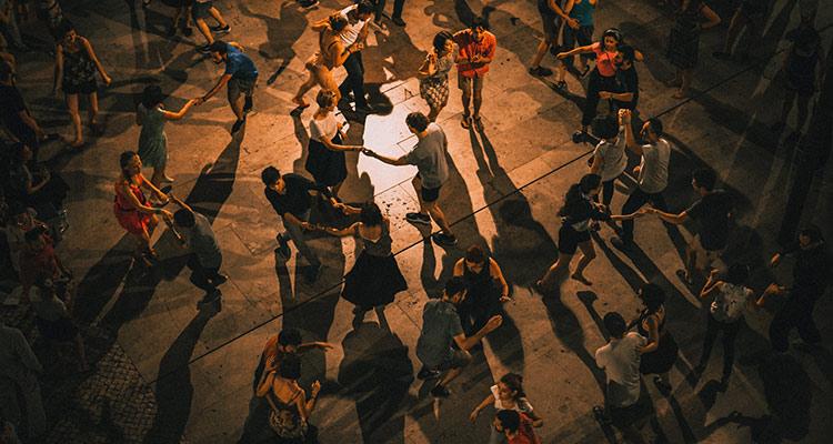 Intercambio de bailes tradicionales - Grupo