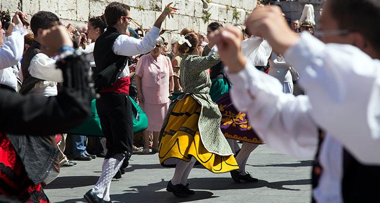 Intercambio de bailes tradicionales - Jota castellana