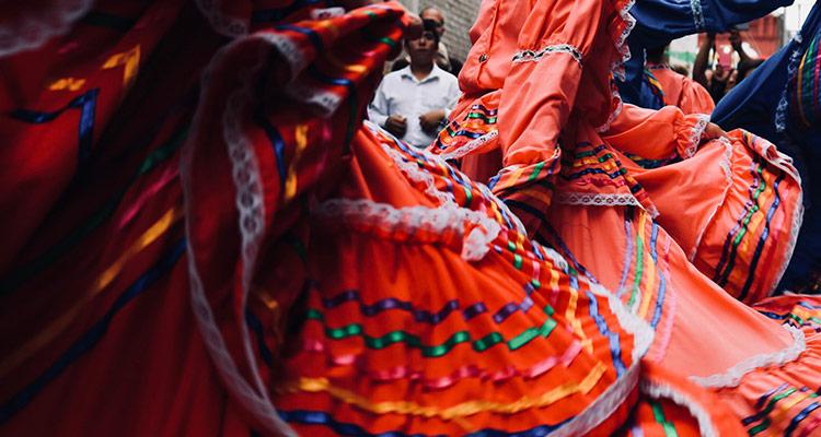 Intercambio de bailes tradicionales - Latinoamérica