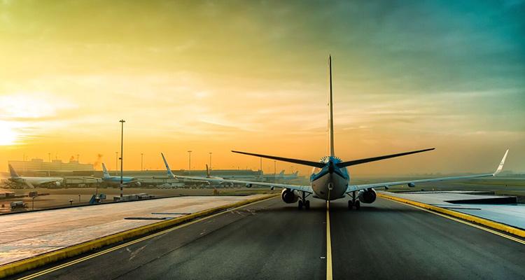 Queremos volar de nuevo: KLM, Premio Diamante en Seguridad Sanitaria - Portada